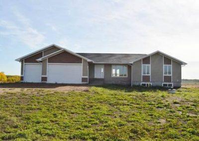Exterior Cold Lake Home Build